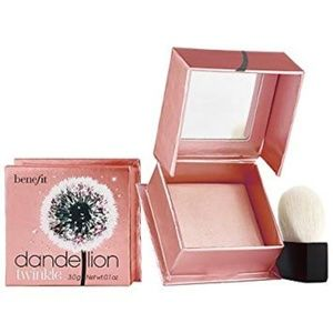 Benefit Cosmetics Dandelion Powder Highlighter